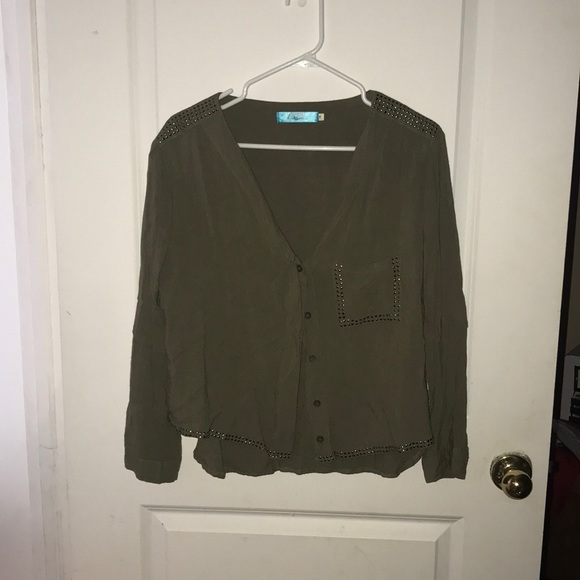 buttons Tops - Olive green button down blouse